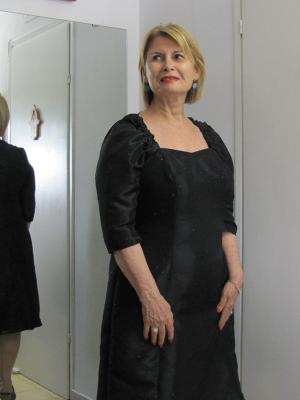שמלות ערב - שמלה שחורה קטנה