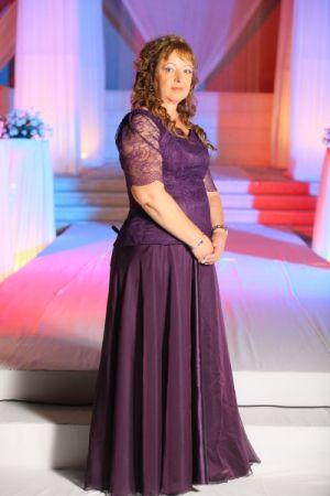 שמלות ערב מיוחדות  פעמון