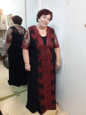 שמלת ערב לנשים מלאות