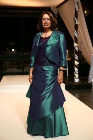 שמלות ערב לדתיות  טפט ותחרה רקומה