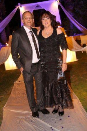שמלות ערב לחתונה בגזרת מחוך וחצאית