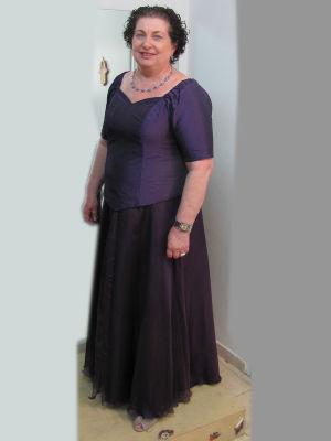 שמלות ערב מידות גדולות מחוך וחצאית פעמון