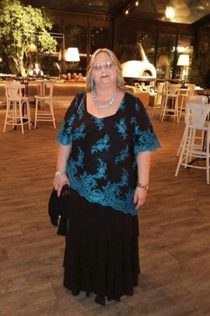 שמלות ערב מידות גדולות גזרה אלכסונית